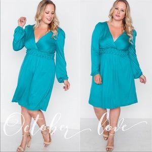 PLUS SIZE Turquoise V-Neck Dress